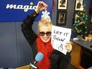 Kim Wilde - Magic 105.4 - 9/12/2012 dans Kim sur Magic 105.4 9decembre2012-300x225